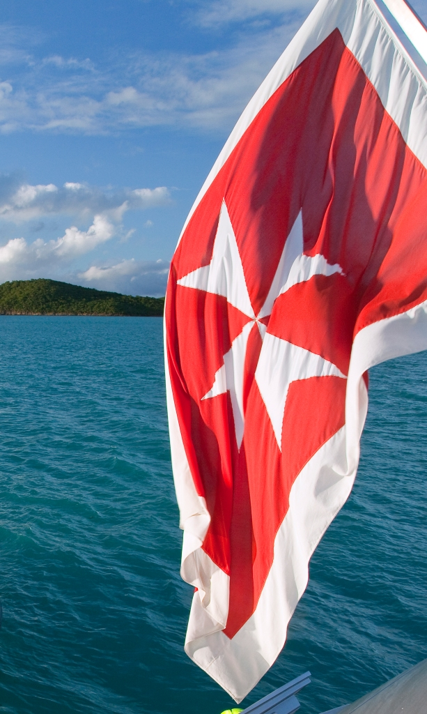 Exuma Stern-6441_cropped Flag only